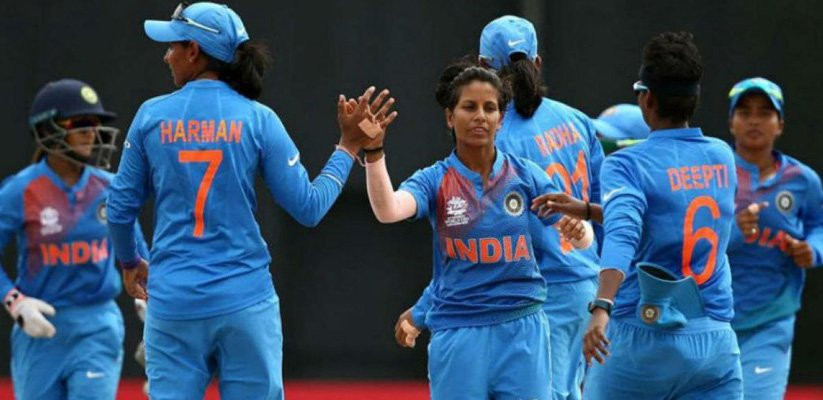 India seal Semi-Final Berth